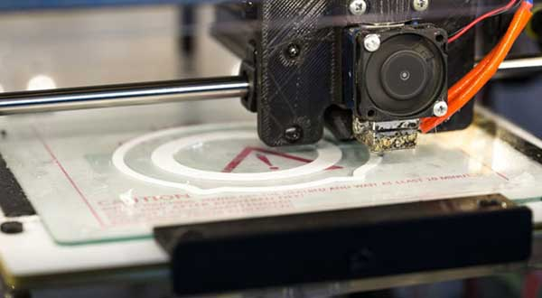 Applied Uses and Benefits of 3D Printing Technology in Schools